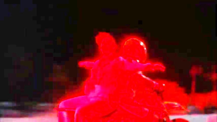 موزیک ویدیو هری استایلز lights up