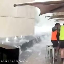 پناه گرفتن مردم در برابر طوفان شدید کانبرا، پایتخت استرالیا
