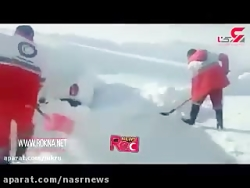 فیلم| نجات پراید دفن شده در برف