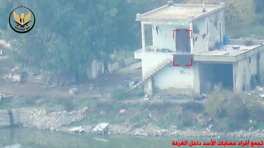 حمله تروریست ها با موشک ضد زره به مقر ارتش سوریه در حماه