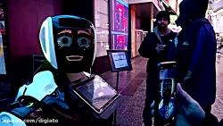استقرار ربات سخنگو در میدان تایمز نیویورک در پی شیوع ویروس کرونا