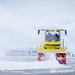 جابجایی ۱۲ هزار تن برف در هر ساعت توسط این برف روب