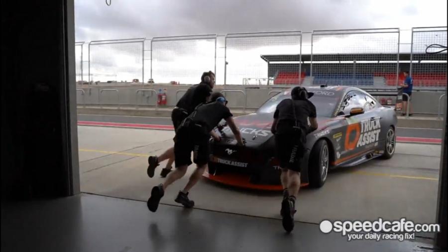 نگاهی به خودرو های مسابقات Supercars در حال تست