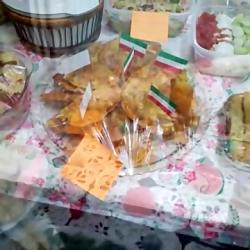 جشنواره غذا در مدرسه ما n_n