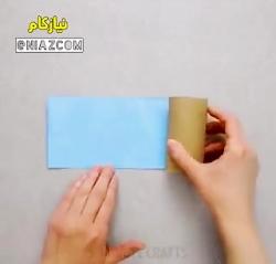 با رول دستمال کاغذی استند موبایل بسازید.