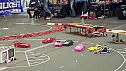 مسابقات دریفت با ماشین  های کنترلی