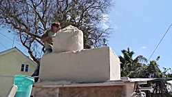 مجسمه شنی با استخر شن