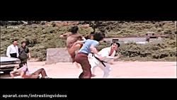 مبارزه بی نظیر بروسلی 26
