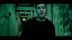 موزیک ویدیوی شهاب مظفری بر عکس