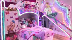 گشتی در اتاق خواب جوجو سیوا   JoJo Siwa