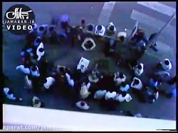 عزاداری مردم هنگام شنیدن خبر ارتحال امام خمینی(س) در میدان انقلاب تهران