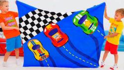 ولاد و نیکی - لباس های جدید مسابقات اتومبیل رانی - ولاد و نیکیتا