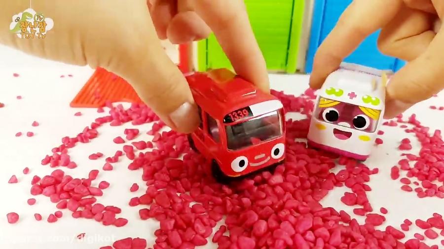 تصویر از اسباب بازی کودکانه – ماشین بازی – بازی و سرگرمی برای کودکان