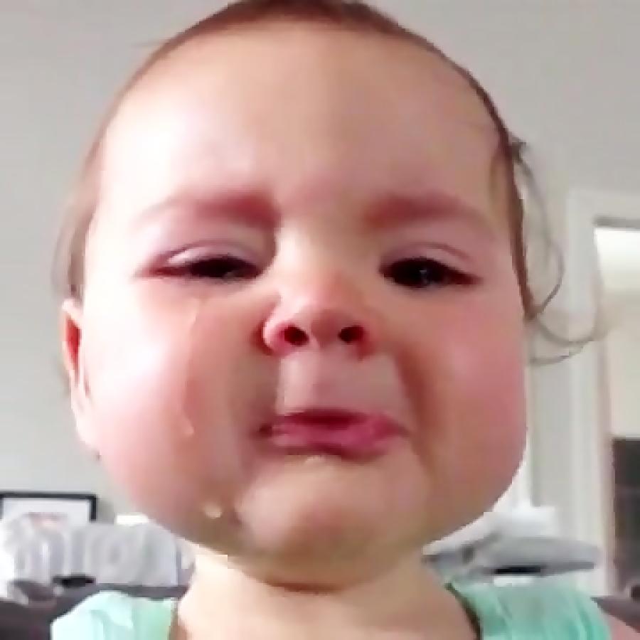 گریه کردن شیرین بچه کوشولوی ناز{^__^}