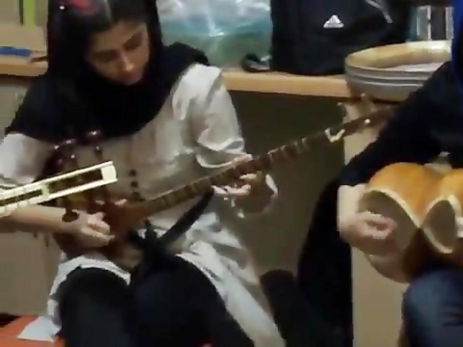 تمرین و کنسرت شماره ۲۰ آموزشگاه موسیقی فریدونی ۲۲ مهر ۱۳۹۰ فرهنگسرای نیاوران