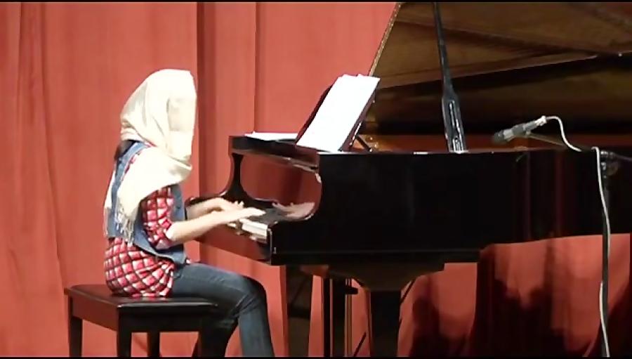 کنسرت شماره 29هنرجویان و هنرآموزان آموزشگاه موسیقی نیما فریدونی 6تیر1393فرهنگسرای نیاوران بخش سوم