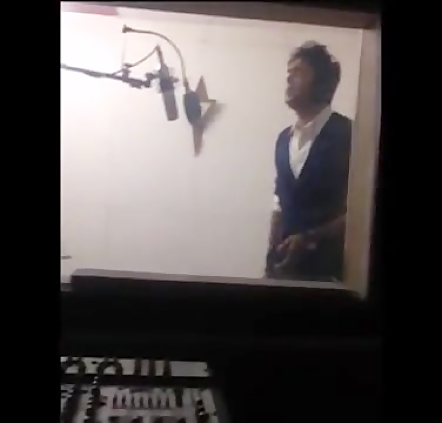 نادرتجلی در استودیو آوای همنواز - ضبط آلبوم موسیقی نادر - 1393 - صدابردار نیما فریدونی