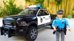 ماشین بازی/اسباب بازی کودکانه/پلیس و سارق/ماشین پلیس/کامیون/جرثقیل/آدمک