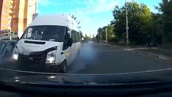 تصادفات جاده ای در روسیه(چه خونسرررد!!!!!)