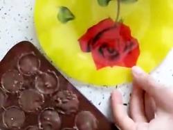 درست کردن شکلات مغز دار مامان و وانیا
