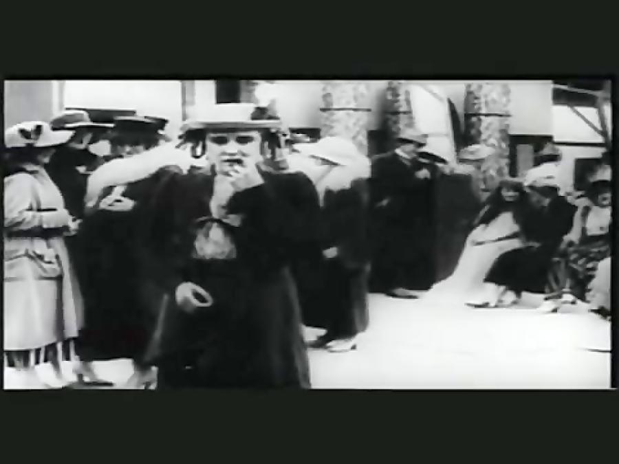آنونس فیلم چارلی چاپلین در پشت صحنه نمایش