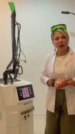 دکتر لیلا خلیلی