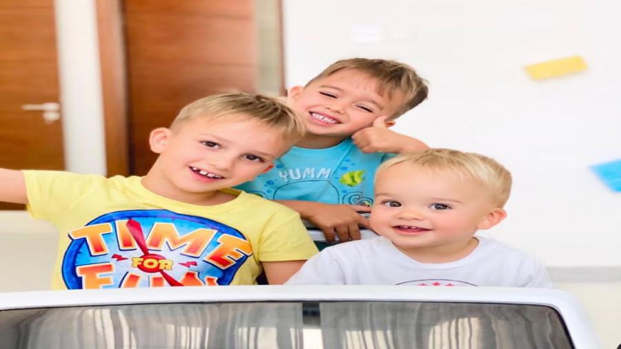 برنامه کودک و نوجوان ولاد و نیکیتا فروشگاه اسباب بازی