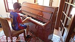 لیونل مسی و پیانو