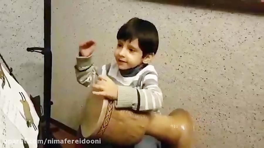 رامتین احمدی تمرین اشاره تنبک هنرجوی ایمان ملکی