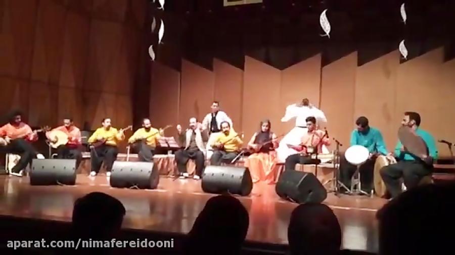 گروه تنبور نوازان چریکه جشنواره موسیقی فجر همراه با رقص سماع کردی . سرپرست گروه سلمان حسینی ۱