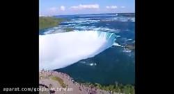 چشم انداز زیبای آبشار ن...