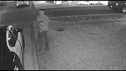 سرقت از ماشین پلیس توسط دزد خونسرد!