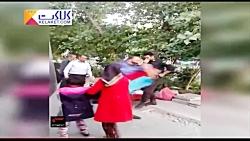 ضرب و شتم یک نوجوان دستفروش توسط ماموران شهرداری