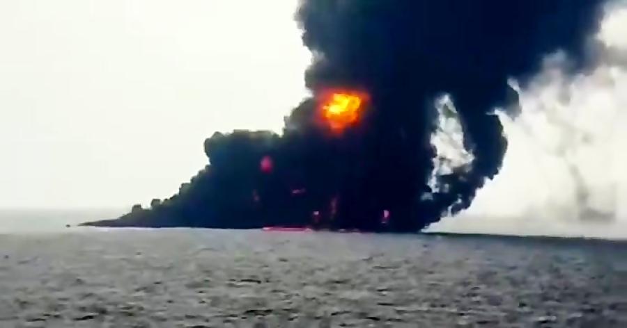 نفتکش ایرانی در استانه غرق شدن