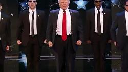 رقص ترامپ