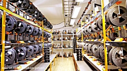 Three hundred 3D printers in one room: A q...