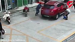 رفتار کثیف یک راننده بع...