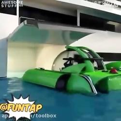کشتی تفریحی که واسه خود...