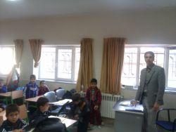 محمد رحیمی در مدرسه مصطفی خمینی اراک