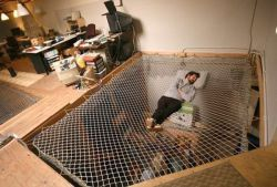 یه ایده جذاب برای اتاق های با فضای کم