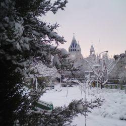 کلیسا در زمستان