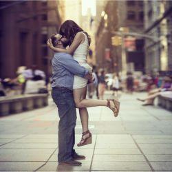 رسیدن فردا برای هیچکس حتمی نیست… پس به کسانی که دوستشان دارید ابراز عشق کنید.. چرا که شاید فردا هرگز نیاید…