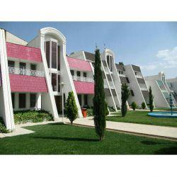 هتل شیراز،از مجموعه هتل های ایرانگردی و جهانگردی آنجا که هیچ کس نیست ما هستیم! شیراز،کلبه سعدی،ابتدای بلوار ابونصر تلفن تماس:۲_۳۷۳۲۲۲۴۴۱۱_۰۷۱ نمابر:۳۷۳۰۷۵۰۳_۰۷۱