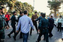 """""""بگذارید مردم حرف بزنند"""" -حسن روحانی!!!! امروز.تجمع دانشجویان فرودگاه مهرآباد.(ورود فابیوس به ایران)"""