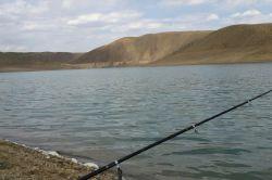 پشت سد زاینده رود روستای مشهد کاوه