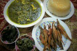غذای محلی گیلان: ترشی تره با ماهی کولی و برنج خوشمزه محلی