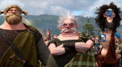 """(از راست) شخصیت های """"لرد مکینتاش""""، """"لرد دینگوال"""" و """"لرد مکگافین"""" در نمایی از فیلم «دلیر» به کارگردانی مارک اندروز و برندا چپمن"""