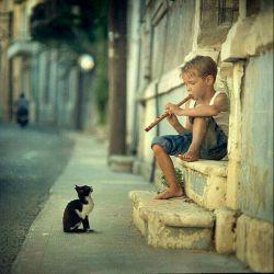 هدف هنر امروز ، زندگی است نه زیبایی....