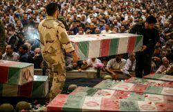 ملت شهیدپرور ایران اسلامی در روز تشییع پیکر شهدای غواص و خطشکن عملیات کربلای 4 با استقبال گسترده و انبوه خود حماسه آفریدند.