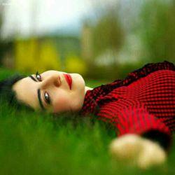 چه ظریفانه هست خلقت قلب آدمی به کلامی میشکند''به لحنی میسوزد''به نگاهی جان میگیردوبه یادی میتپد''دلم تنهای تنهاست ''درددارم واین دل من با همه دردهاش فقط برای تو میمیره وجان دوباره میگیره ومن خیره به لبهای تو هستم منتظر یه دعا '''''